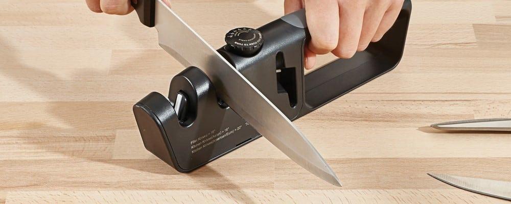 les meilleurs aiguiseurs couteaux lectriques en 2019. Black Bedroom Furniture Sets. Home Design Ideas